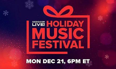 Kelly Clarkson To Host Radio.com's Virtual 'Holiday Music Festival'